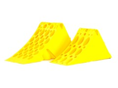 Polypropylene wheel chock - Yellow